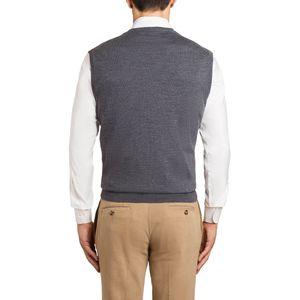 Closed vest in merino wool