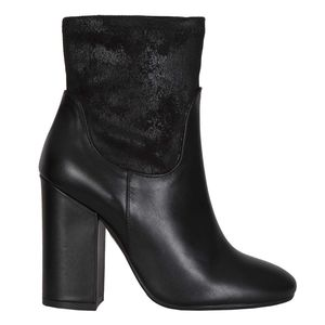 Black ankle boot in vintage effect leather