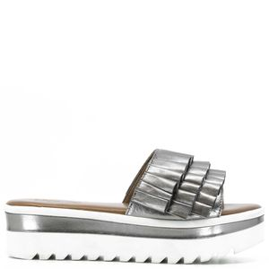 High open toe sandal with fringes