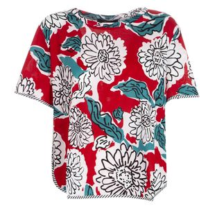 Flared T-shirt with round bottom