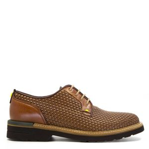 Derby shoe in woven leather