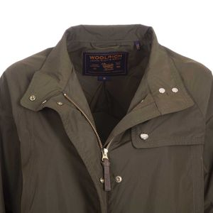 Field adjustable green jacket