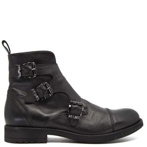 Papua leather ankle boot with buckles