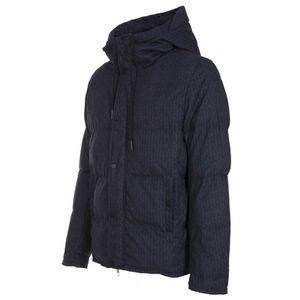Black down jacket padded with organic fibers