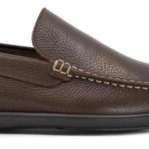 Tumbled leather moccasin
