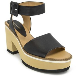 Faiana leather sandal with hook