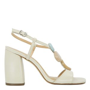 Lima sandal with wide heel and applications