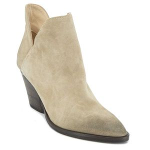 Tex Off ankle boot in suede leather