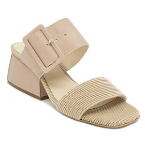 Lisa Belt sandal in leather and fabric