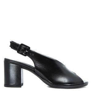 V-shaped leather sandal with heel