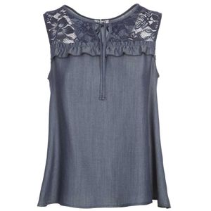 Lightweight denim top with lace