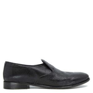 Black slip-on shoes in real leather