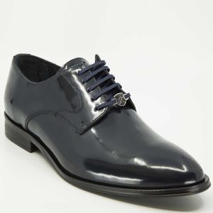 Navy blue lace-up in smooth leather