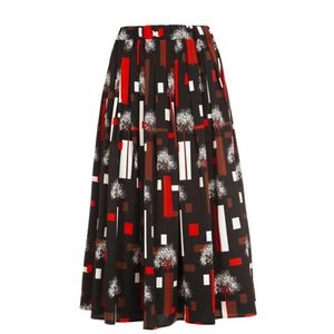 Long skirt with elastic waist