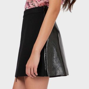 Black wool mini skirt with zip