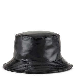 Cappello in tessuto spalmato con logo aquila