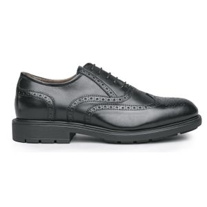 Oxford shoes in leather with stitching