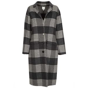 Check patterned cloth coat