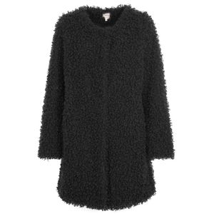 Oversized coat in faux fur
