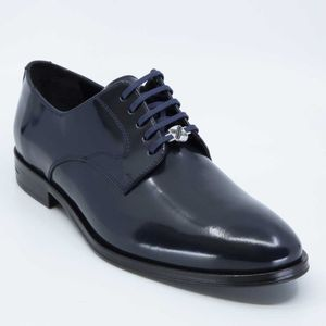 Midnight blue patent leather lace-up