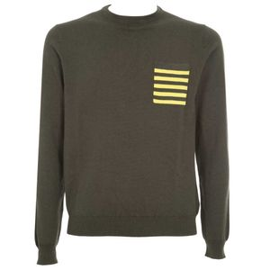 Wool crewneck pullover with pocket