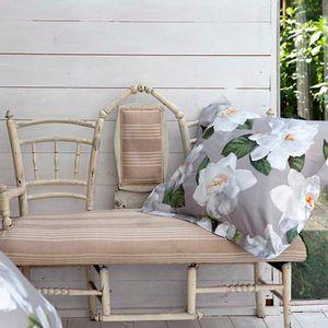 Gardenia quilt 270x260