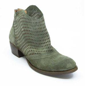 Serrage Birch suede ankle boot