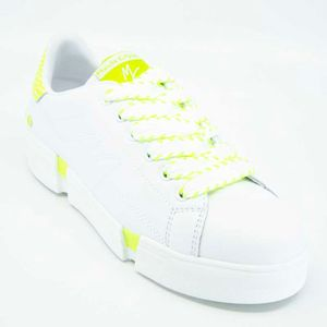 Capsole shoe with fluorescent yellow details