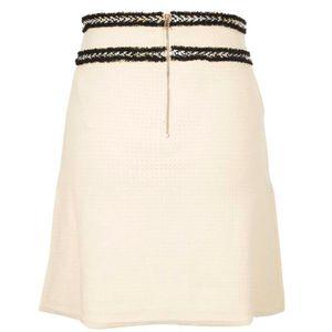 Short skirt in cotton yarn