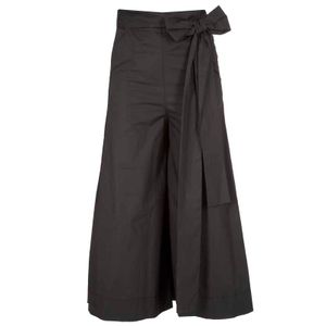 Wide trousers with bow
