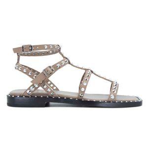 Maeva gray sandal with studs