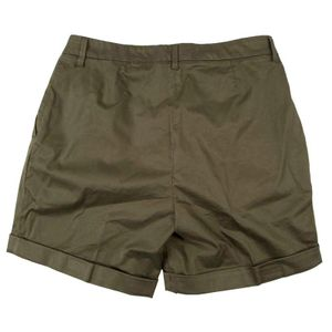 Green shorts with cuffs