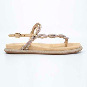 Flip-flops with woven upper