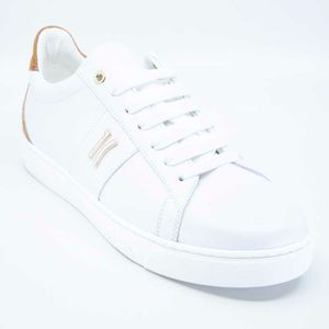 White sneakers with Geo heel