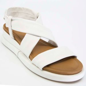 White leather sandal with velcro
