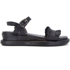 Black sandal with ruffles
