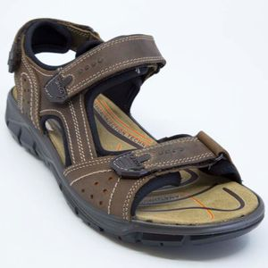 Brown sandal with velcro