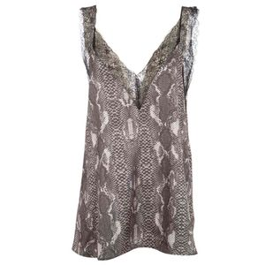 Spotted sprite top with lace