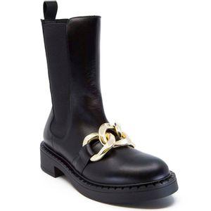 Black Avatar boot