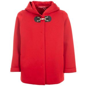 Neoprene jacket with Oculated hook