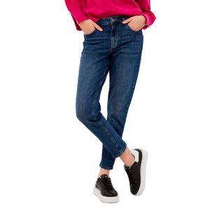 Cute high-waisted jeans
