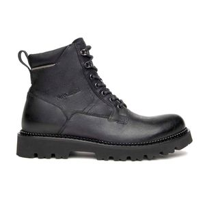 Leather ankle boots with padded collar