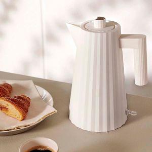 Small Plissè electric kettle