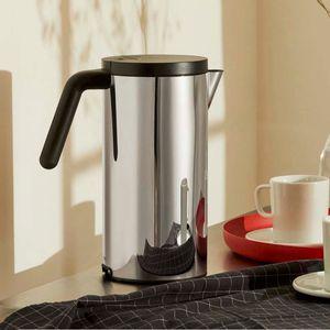 Hot.it electric kettle in steel