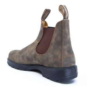 585 ankle boot in brown leather